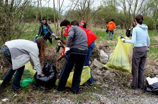 Carl Garner Federal Lands Cleanup Day